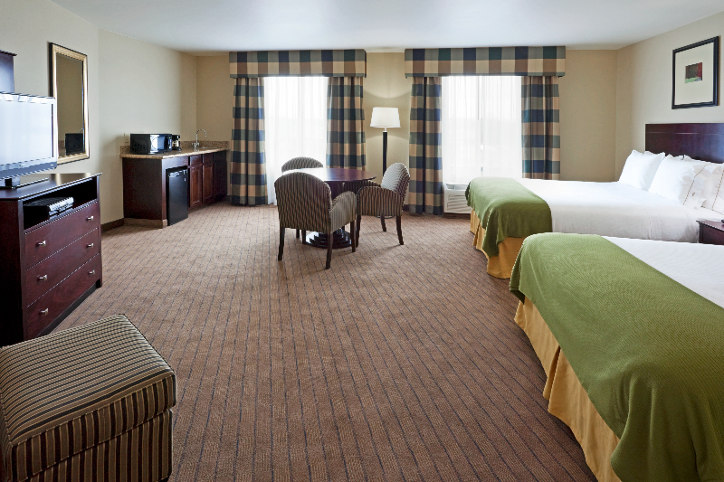 Holiday Inn Express Syracuse North Airport