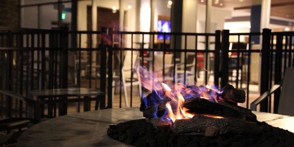Holiday Inn Express and Suites Oswego Patio Fire Pit