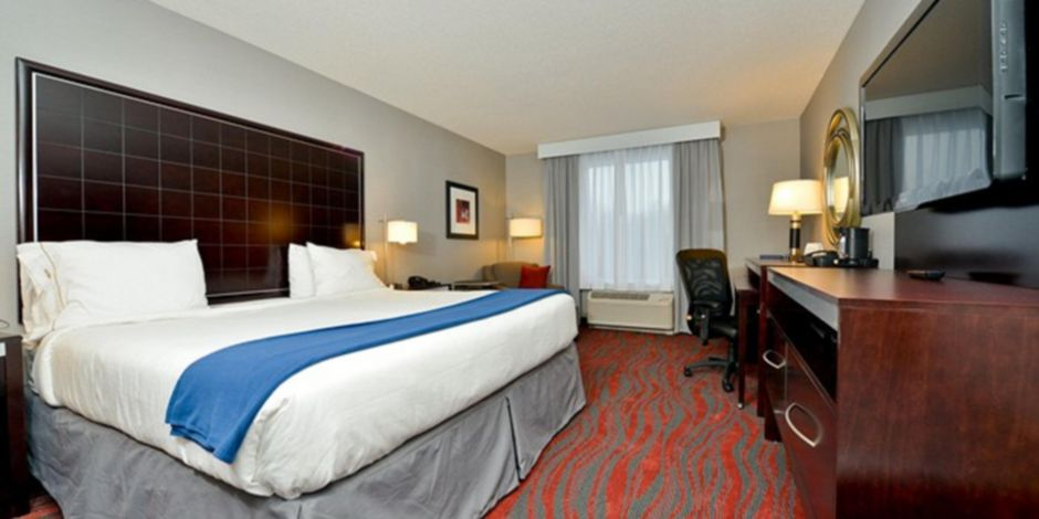 holiday-inn-express-canandaigua-3811844644-2×1